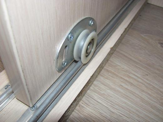 Раздвижные двери своими руками шкафа